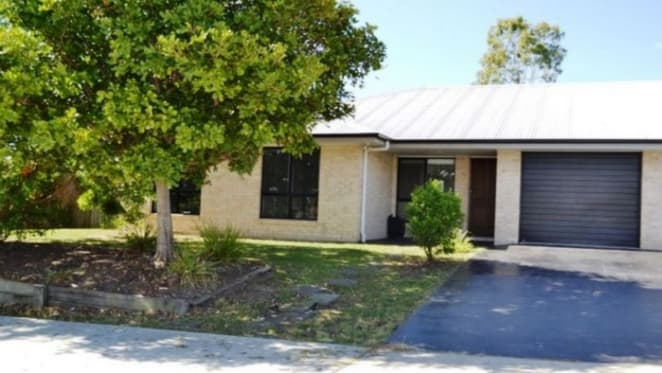 Waterford West, Queensland mortgagee duplex sold for $90,000 loss