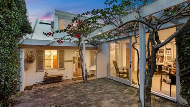 Fashion doyen Peter Weiss lists Woollahra cottage