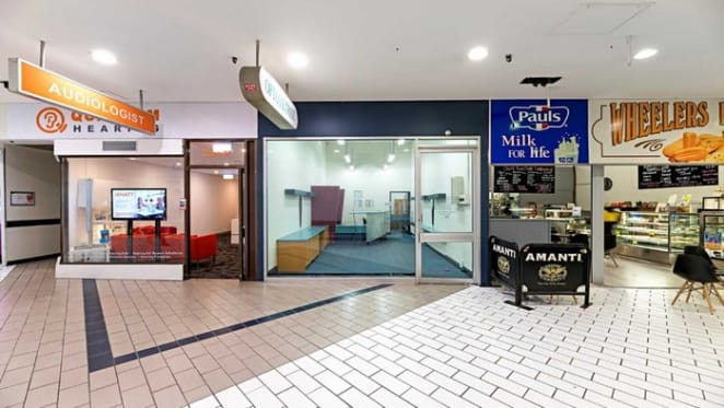 Wheelers Hill Shopping Centre shop on market