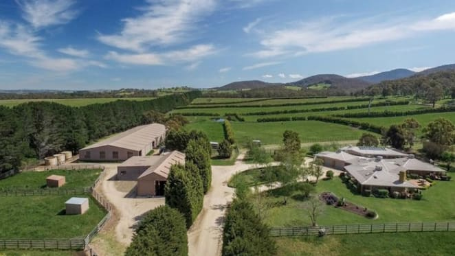 Joe Vella's Wingrove Park, Kerrie horse stud listed