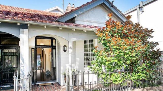 Nova's Wippa lists Queens Park residence