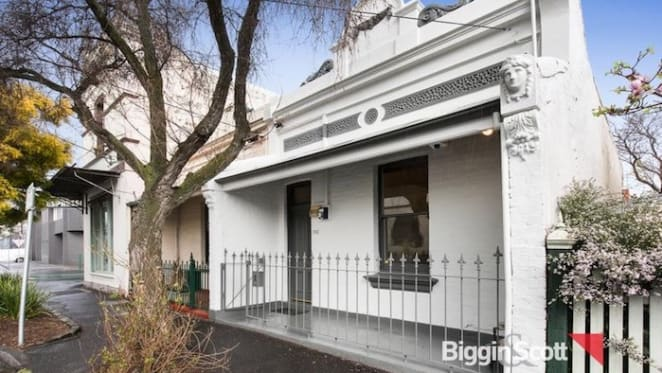 Channel 9's Alicia Loxley sells former Abbotsford home