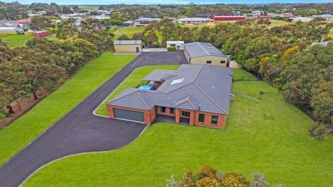 What a lazy $700,000 can buy in Warrnambool: HTW residential