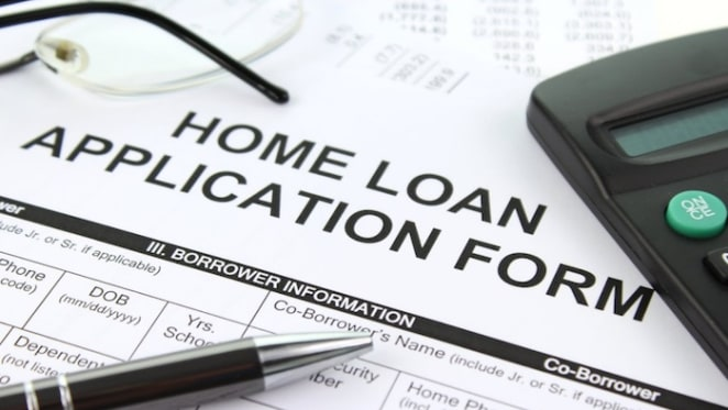 40 percent of loan applications are being turned down as credit squeeze hits would be-borrowers