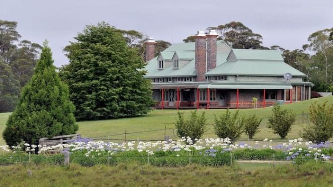 Armidale grazing property Wyatts Creek set for auction after months on the market
