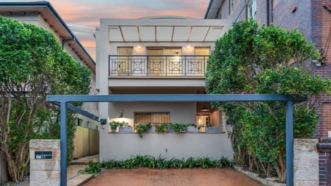 Richard Wilkins' girlfriend lists former Manly home
