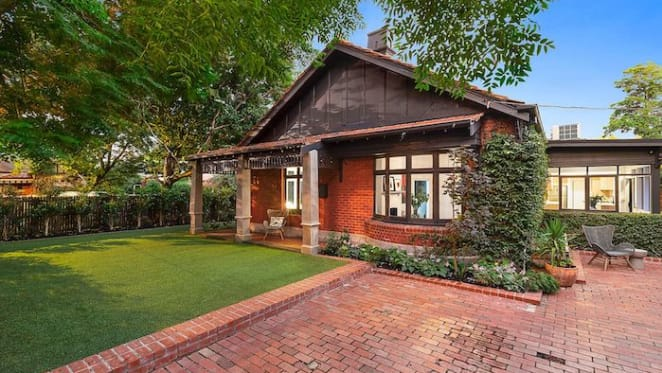 Actress Asher Keddie and Archibald Prize-winning husband Vincent Fantauzzo sell in Elwood