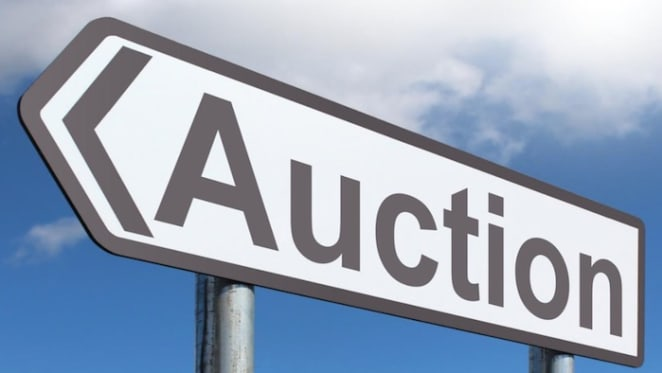 Melbourne set for near record on busiest weekend auction of the year: CoreLogic