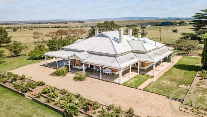 Alloway Bank, Bathurst sells after nearly three years on the market