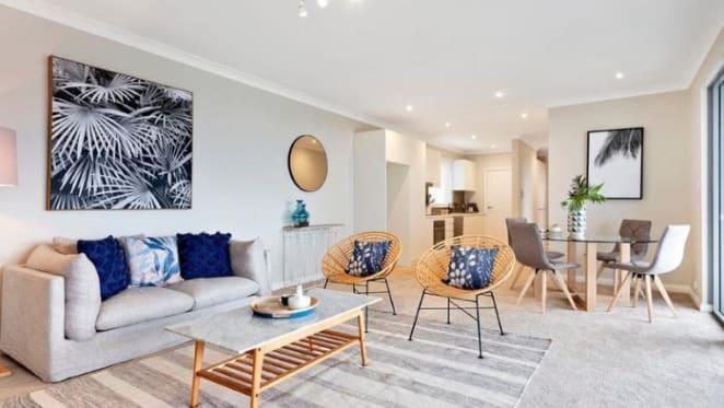Nathan Lyon still seeking Vaucluse apartment buyer