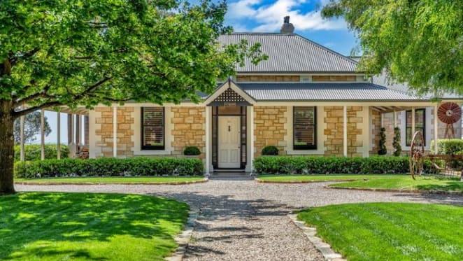 Former Adelaide summer home of Nobel Prize winner Dr Howard Florey for sale