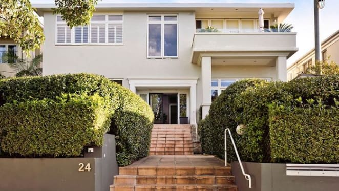 Bundeena-bound Sibella Court lists Bellevue Hill apartment