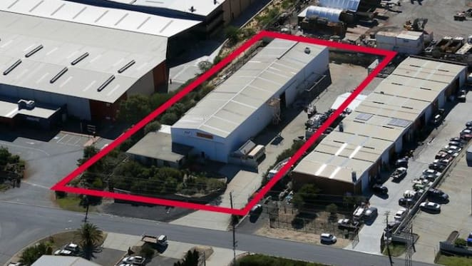 Bibra Lake industrial property to sell with vacant possession