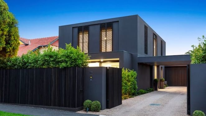 Former AFL umpire and player Jordan Bannister lists Brighton home after failed auction