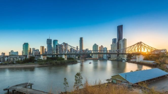 "The Brisbane bus tour for ""Boxing Day bargain"" apartment prices"
