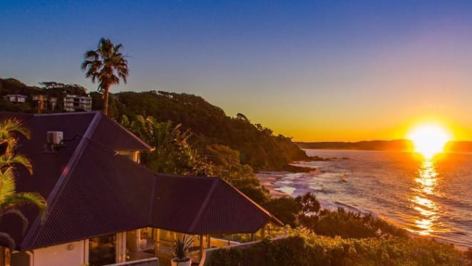 Afterpay boss Anthony Eisen buys Arnotts family heir Byron Bay trophy home The White House