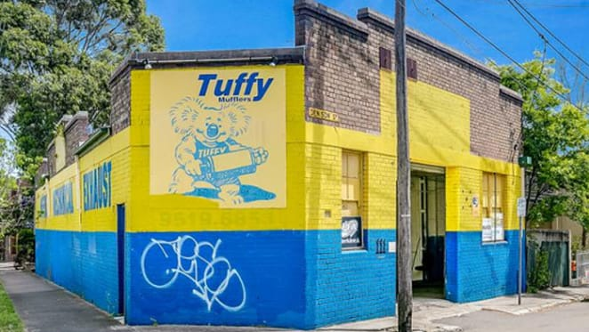 Warehouse in Sydney's inner-west snapped up at auction