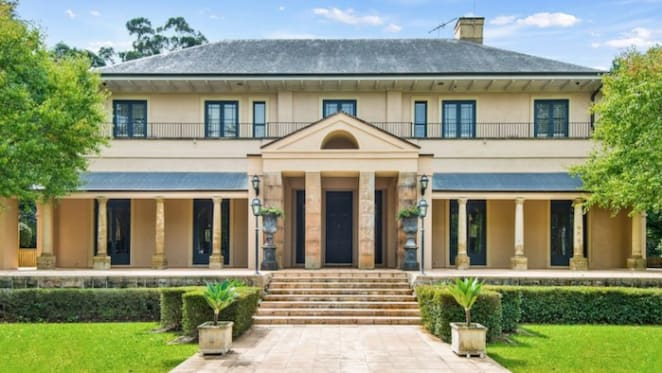Orderly downturn sees $500,000 losses taken at Sydney top end residential