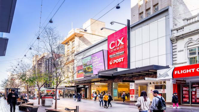 South Australian billionaire Con Makris to sell high profile retail portfolio