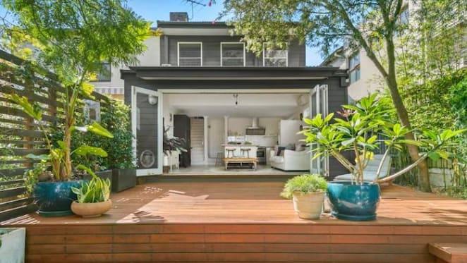 Former Sydney Swan Ben McGlynn sells Coogee apartment