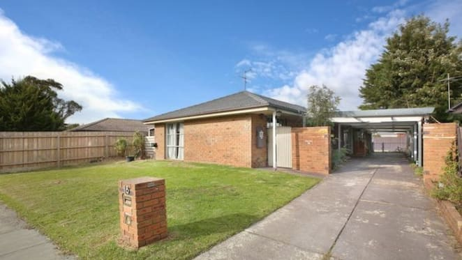 Three bedroom Cranbourne North house sold by mortgagees