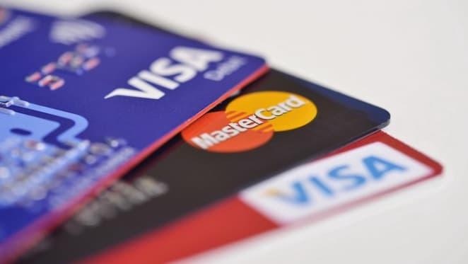Aussies hunker down on debt in lockdown