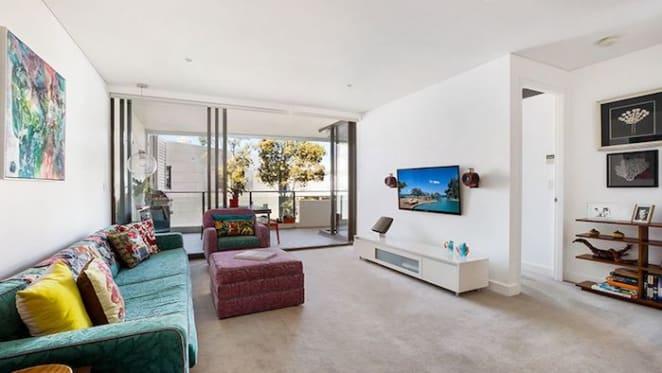 REIA president Malcolm Gunning lists Darlinghurst investment apartment