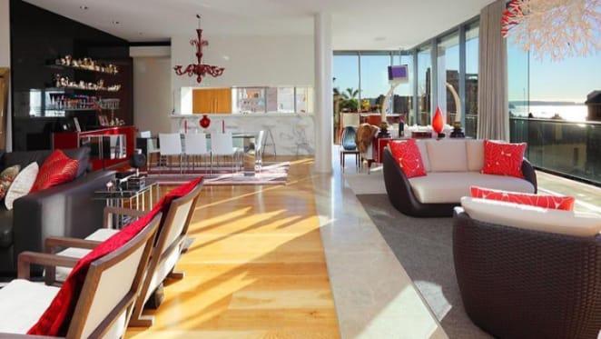 Mining millionaire buys one of Aussie John Symond's Elizabeth Bay investment apartments