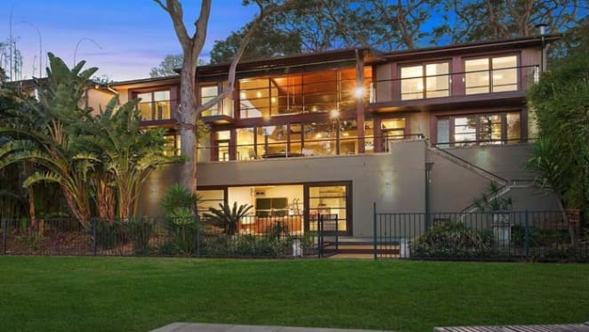 $4.255 million secured twice at Sydney weekend auction