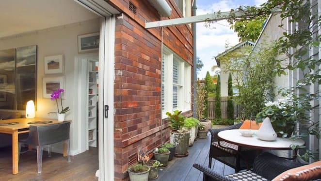 Colour consultant Sarah Pitt sells Double Bay renovated apartment