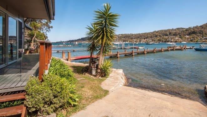 Kristina Keneally to settle on Scotland Island purchase