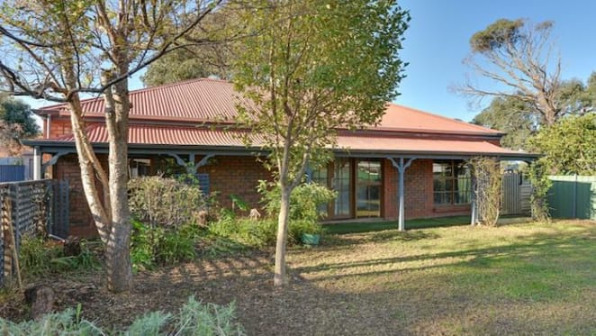 Colonial-style Encounter Bay cottage sold by mortgagee