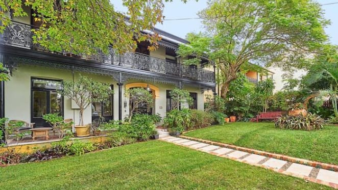 Enmore's Tara guest house listed for sale