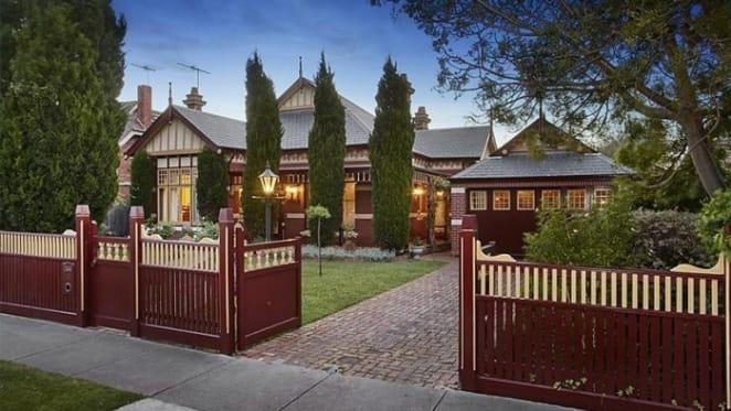 Edwardian Essendon trophy home sale at $2.9 million