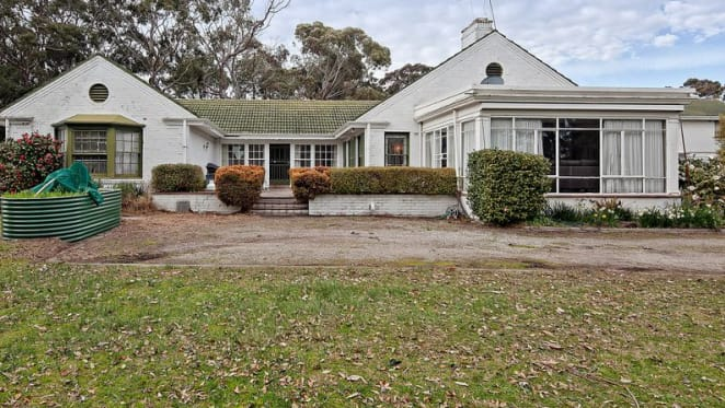 Former Victorian governor's sprawling Frankston mansion with development approval listed