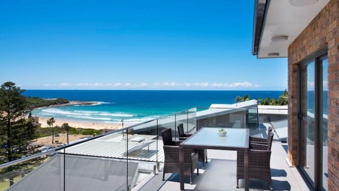 Beachside Freshwater trophy home sold for a record price