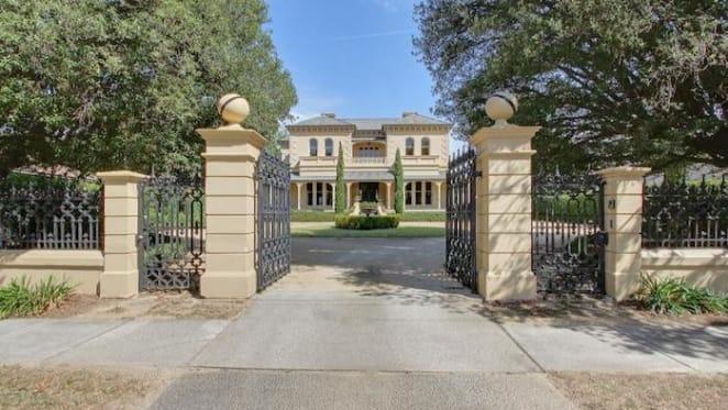 Goulburn landmark house listed for $2.45 million