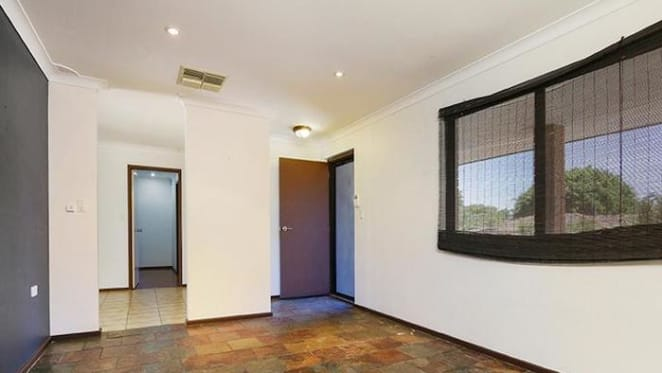 Loss as Southwest Perth three bedroom house sold for $273,000 by mortgagees