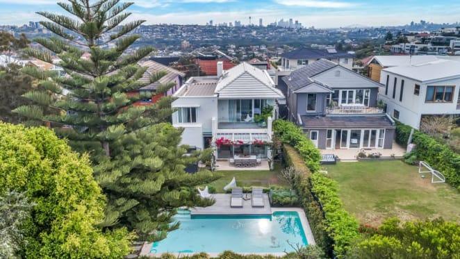Billionaire hotelier Justin Hemmes buys $7.5 million Dover Heights home for ex-partner