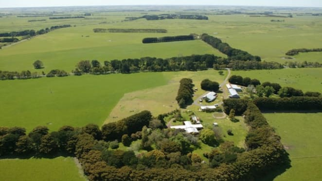 Sir Michael Hintze spends $7.5 million on Central Victorian farm