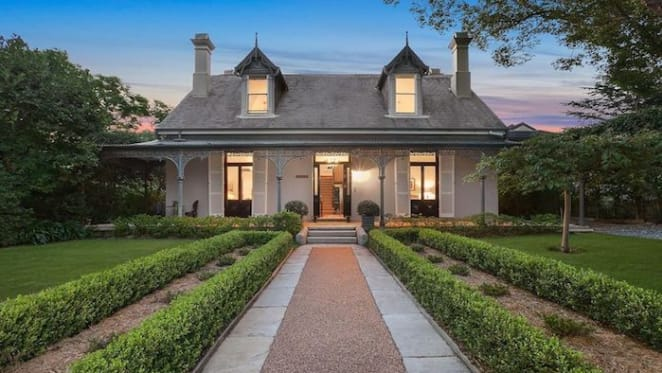 Hunters Hill trophy Daybreak listed by former Jacob's Creek winemaker