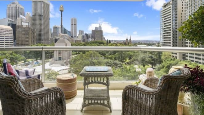 Sydney apartment overlooking Hyde park sells for over $2m
