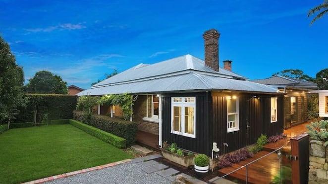 Former Better Homes and Gardens landscaper, Jason Hodges's home sold