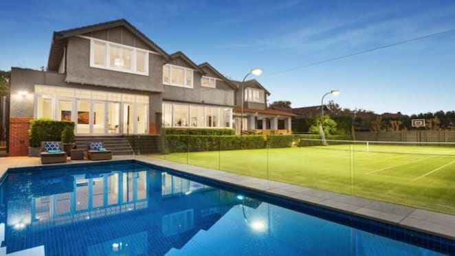 Hastily called private auction triggered $9 million Glen Iris sale