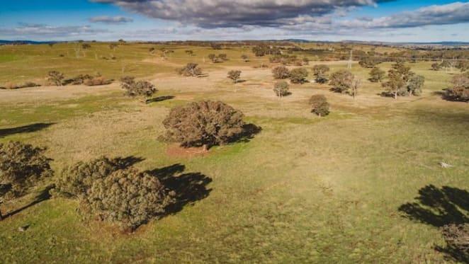 Struan, 15 hectare Jerrawa rural property, listed