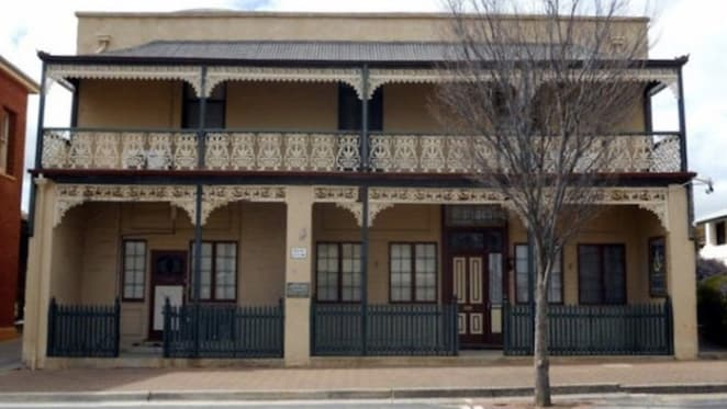 Kapunda's 1860 Ford House for sale