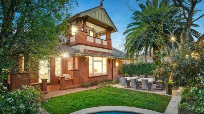 Former Kew mayor's home sold under the hammer