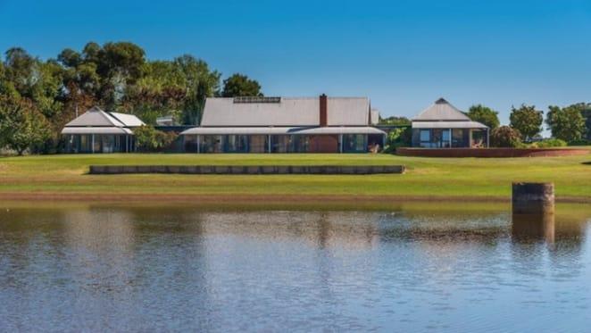 Philip Cox-designed 1995 Kilmore home listed