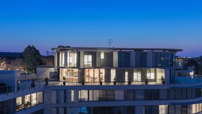 Sydney barrister emerges as Malcolm Turnbull's Canberra penthouse buyer