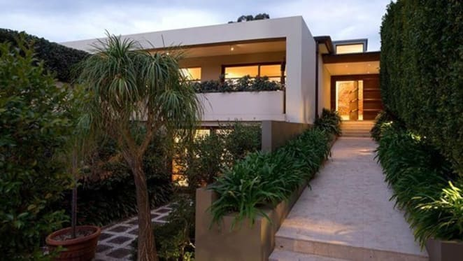 Alex Popov-designed trophy home listing amid cloudy Bellevue Hill prestige outlook